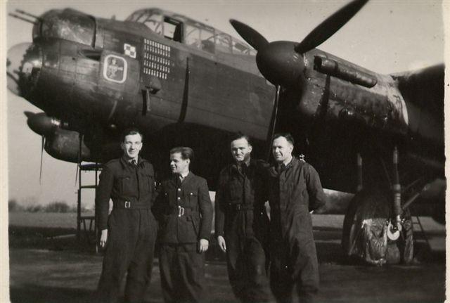 300SqnFaldingworth1945-02.jpg